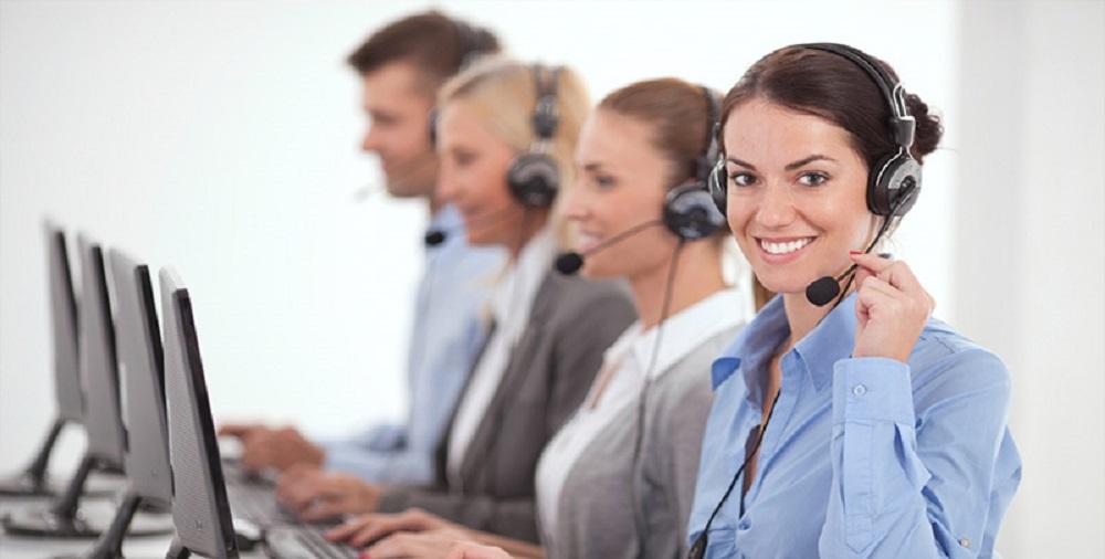 پاسخگویی به تلفن کاری ، به صورت حرفه ای